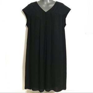 Simply Vera Vera Wang Medium Black Dress V Neck